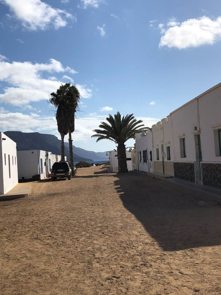with sandy tracks instead of tarmac roads in the only village Caleta del Sabo